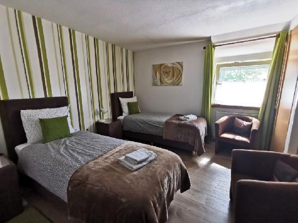 Leuk hotel met 17 bedden foto 5