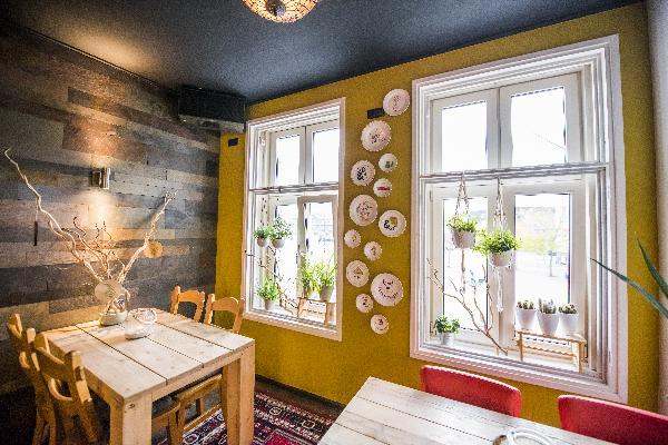 Cafe op horecaplein van Roermond foto 9