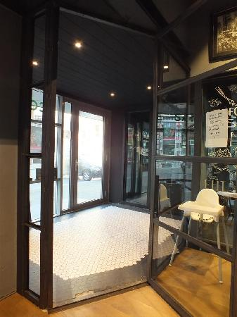 Bedrijfsruimte te Venlo foto 3
