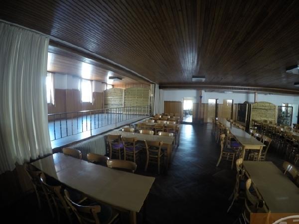 Café met zaal en 3 woningen in Sistig  foto 4