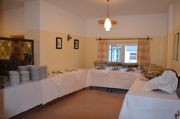 Café met zaal en 3 woningen in Sistig  foto 5