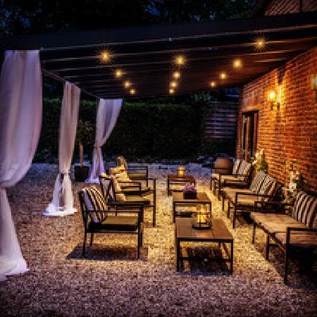 Partyhof/Restaurant net over de grens bij Roermond