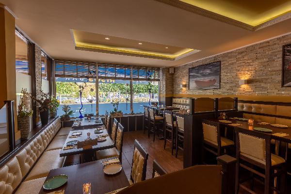 Ingericht restaurant aan Lindeplein foto 2
