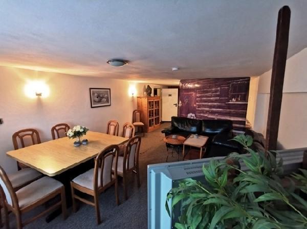 Hotel met 16 kamers in Winterberg foto 4