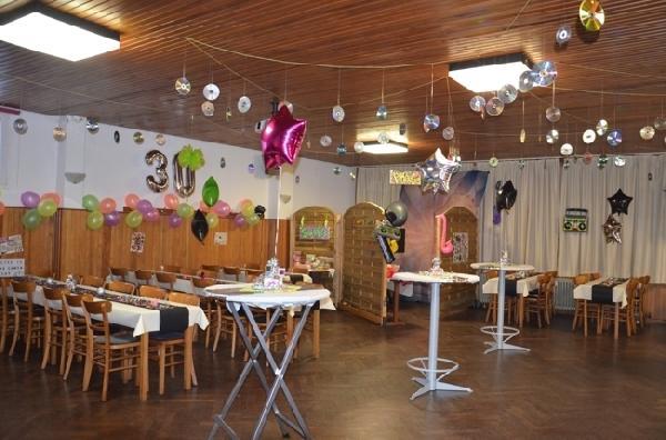 Café met zaal en 3 woningen in Sistig  foto 3