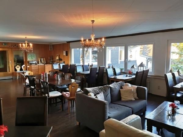 Hotel met 16 kamers in Winterberg foto 6