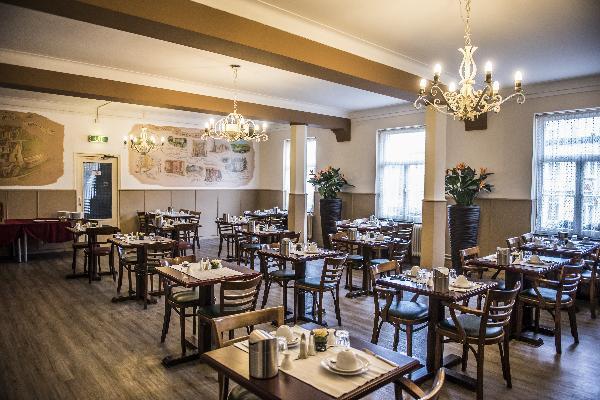 Hotel in Valkenburg met 17 kamers en Brasserie foto 8