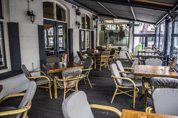 Hotel in Valkenburg met 17 kamers en Brasserie foto 7