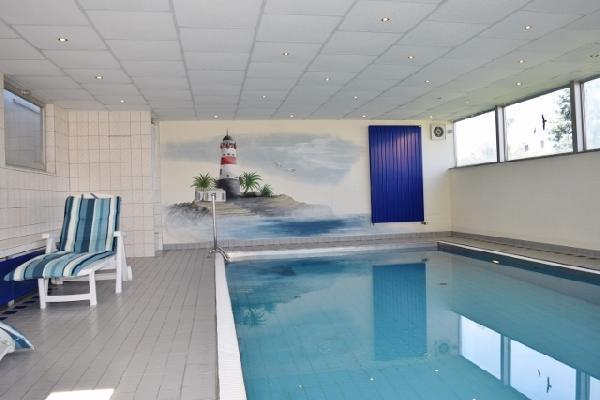 Landelijk gelegen hotel (21 kamers) met modern woonhuis  foto 2