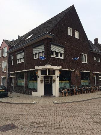 Café Den Tunnel in Tegelen (Venlo) foto 1
