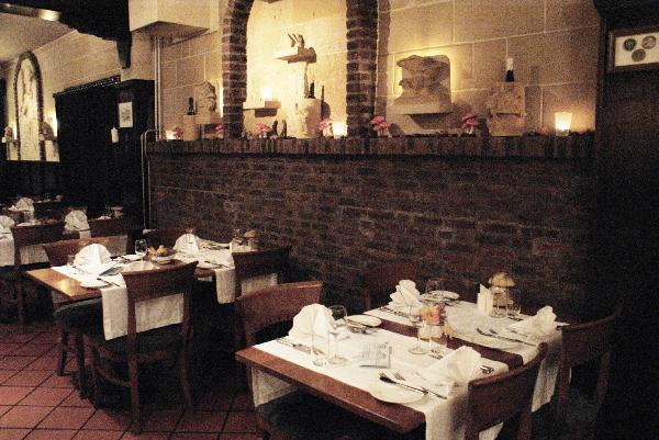 Restaurant 52 couverts met mooi terras en complete keuken in Brunssum, Parkstad Limburg foto 3